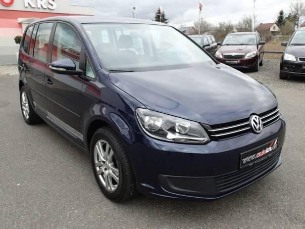 Volkswagen Touran TDi,7míst,6rychl,Navi,Temp, foto 1 Užitkové a nákladní vozy, Do 7,5 t | spěcháto.cz - bazar, inzerce zdarma