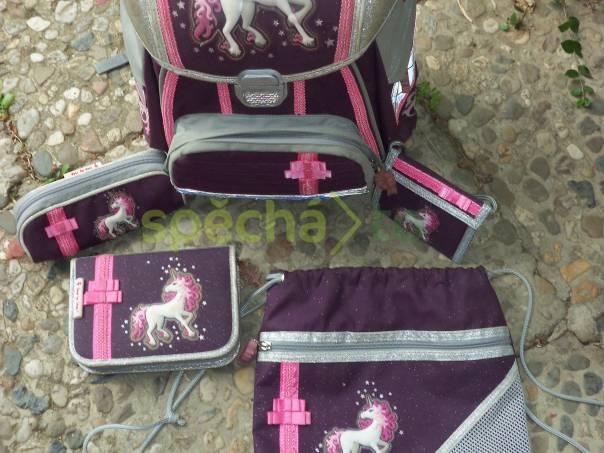 Prodám školní batoh Hama Light - 5 dílná sada edc3f31844