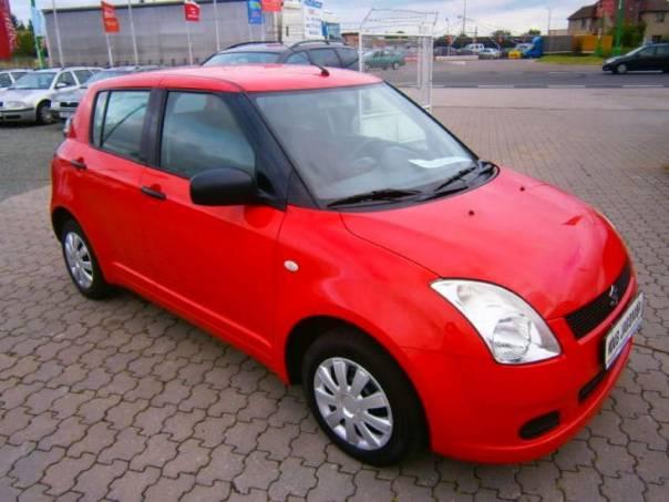 Suzuki Swift 1.3i top stav, foto 1 Auto – moto , Automobily | spěcháto.cz - bazar, inzerce zdarma