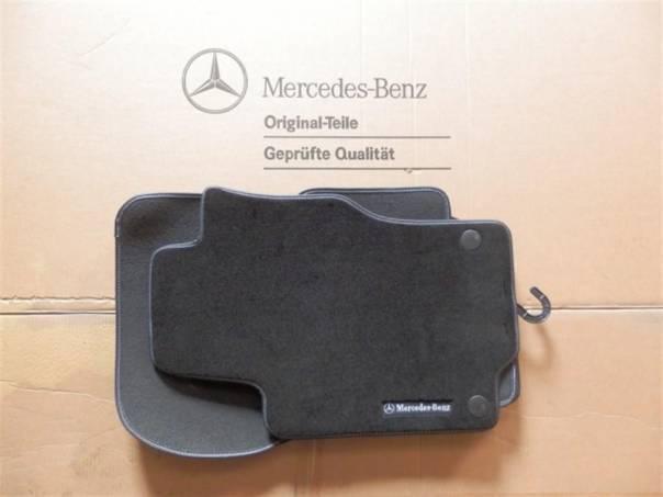 Mercedes-Benz Třída ML Sada 4 ks koberečků pro ML W164., foto 1 Náhradní díly a příslušenství, Osobní vozy | spěcháto.cz - bazar, inzerce zdarma