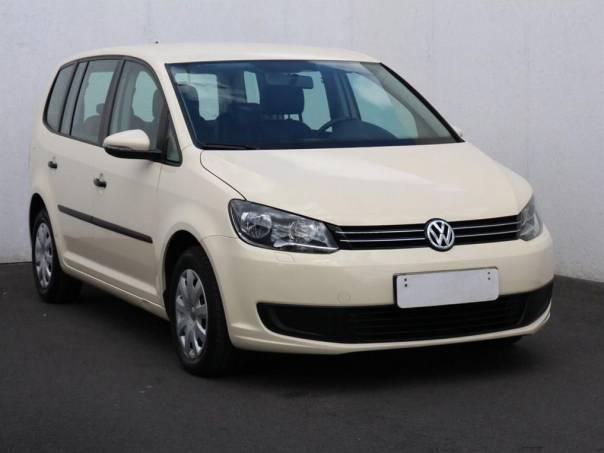 Volkswagen Touran  1.6 TDi, navigace,klima, foto 1 Auto – moto , Automobily | spěcháto.cz - bazar, inzerce zdarma