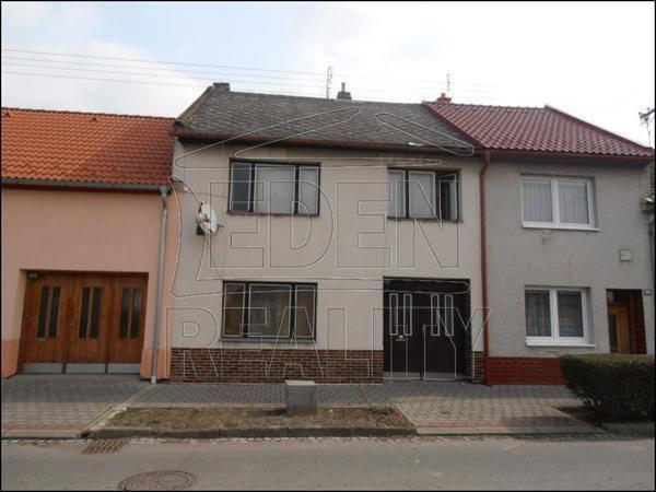 Prodej domu 4+1, Chropyně, foto 1 Reality, Domy na prodej | spěcháto.cz - bazar, inzerce
