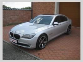 BMW Řada 7 740i TOP  ,Zadáno