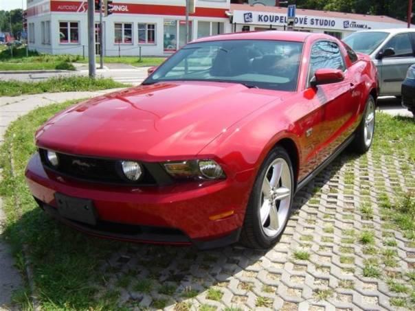 Ford Mustang GT Premium, foto 1 Auto – moto , Automobily | spěcháto.cz - bazar, inzerce zdarma
