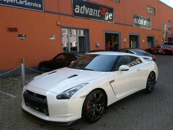 Nissan GT-R 3,8 Black Edition, foto 1 Auto – moto , Automobily | spěcháto.cz - bazar, inzerce zdarma