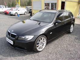 BMW Řada 3 320d M-Paket Panorama