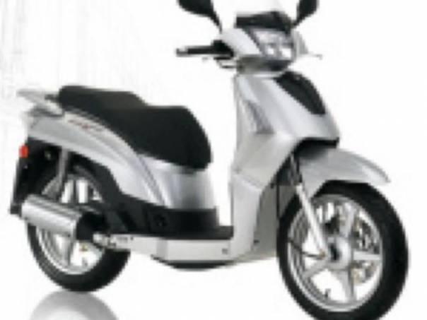 Kymco  125i, foto 1 Auto – moto , Motocykly a čtyřkolky | spěcháto.cz - bazar, inzerce zdarma