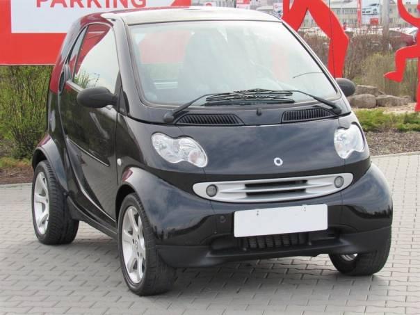 Smart Fortwo  0.7 T, klima, automat, foto 1 Auto – moto , Automobily | spěcháto.cz - bazar, inzerce zdarma