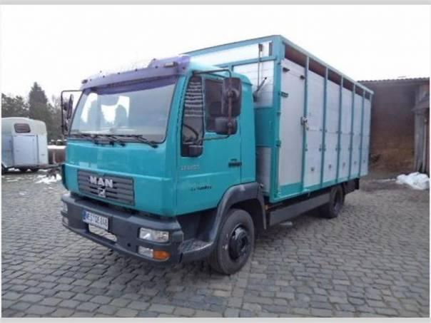 LE 10.220 pro přepravu zvířat, foto 1 Užitkové a nákladní vozy, Nad 7,5 t | spěcháto.cz - bazar, inzerce zdarma