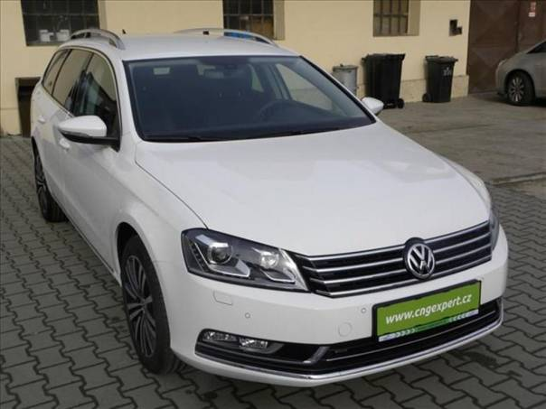 Volkswagen Passat 1,4 CNG Variant DSG  Highline, foto 1 Auto – moto , Automobily | spěcháto.cz - bazar, inzerce zdarma