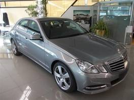Mercedes-Benz Třída E E 220 CDI BlueEFFICIENCY Avan