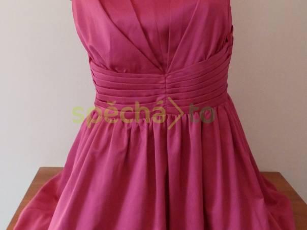 6dd9ffc5321 Krásné růžové společenské šaty Papaya