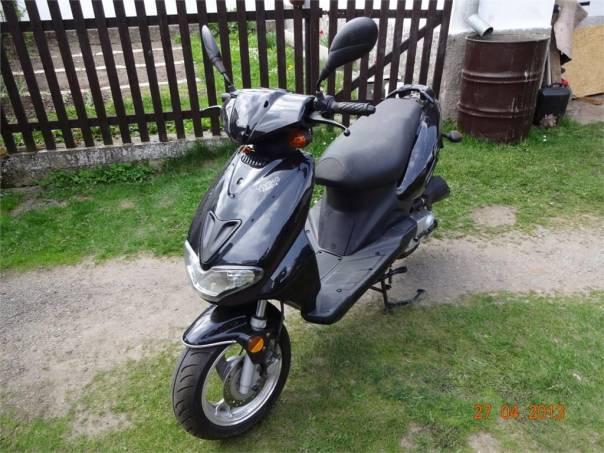 Yiying Ostatní Skútr 50 ccm 4 takt, foto 1 Auto – moto , Motocykly a čtyřkolky | spěcháto.cz - bazar, inzerce zdarma