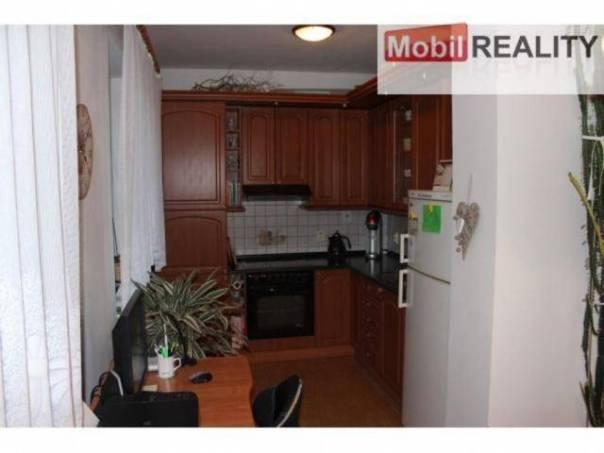 Prodej bytu 2+1, Dobřany, foto 1 Reality, Byty na prodej | spěcháto.cz - bazar, inzerce