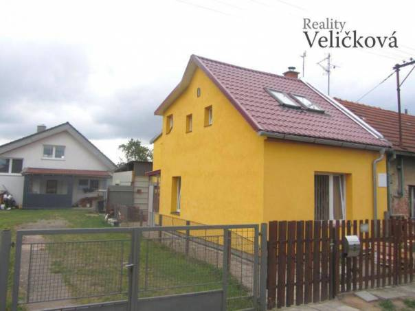 Prodej domu, Hradec Králové - Pouchov, foto 1 Reality, Domy na prodej | spěcháto.cz - bazar, inzerce