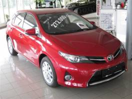 Toyota Auris 1,6 Velvematic Active