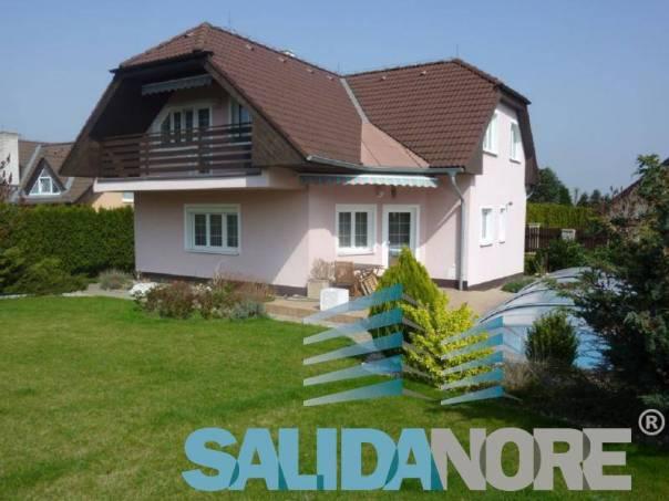 Prodej domu 6+1, Jesenice, foto 1 Reality, Domy na prodej | spěcháto.cz - bazar, inzerce