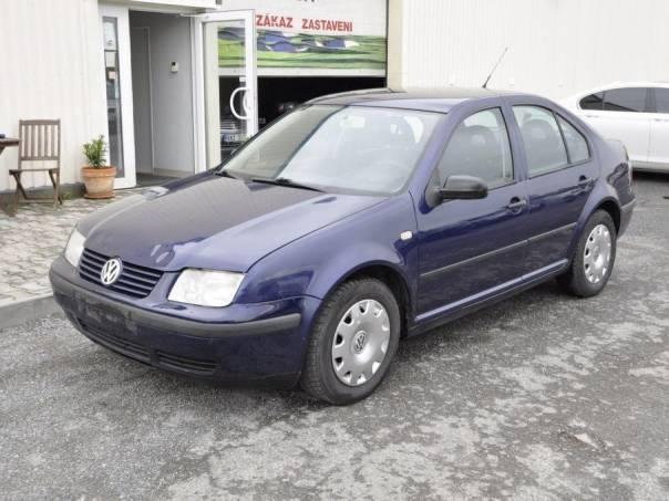 Volkswagen Bora 1,6i 74kW - CZ, foto 1 Auto – moto , Automobily | spěcháto.cz - bazar, inzerce zdarma