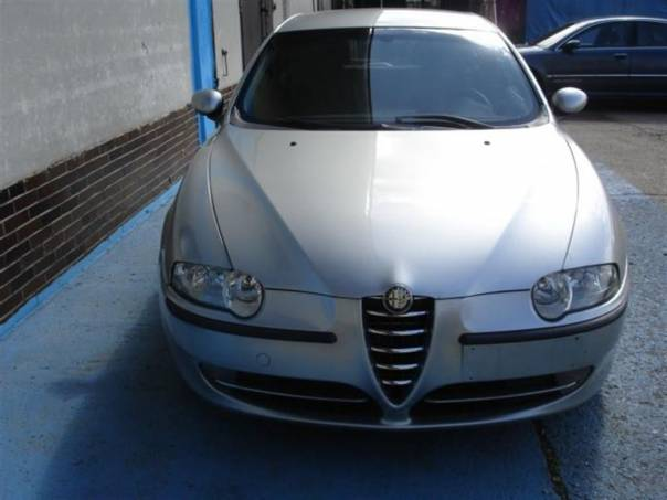 Alfa Romeo 147 1.6 T.S. Distinctive, foto 1 Auto – moto , Automobily | spěcháto.cz - bazar, inzerce zdarma
