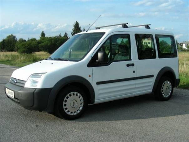Ford Tourneo Connect 1.8TDCi 5MÍST KLIMA 1Maj,ABS,CD,SERVIS.KNIHA,TOP S, foto 1 Užitkové a nákladní vozy, Do 7,5 t | spěcháto.cz - bazar, inzerce zdarma