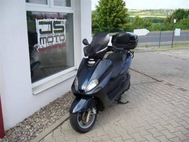 Yamaha YP YP 150 Majesty, foto 1 Auto – moto , Motocykly a čtyřkolky | spěcháto.cz - bazar, inzerce zdarma
