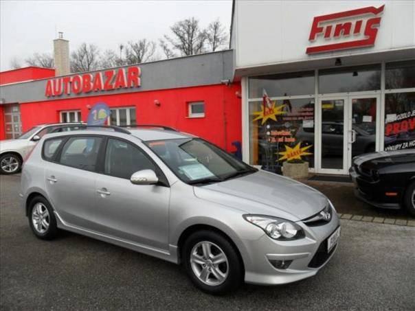 Hyundai i30 1.6  CRDi Exclusive, Top stav, foto 1 Auto – moto , Automobily | spěcháto.cz - bazar, inzerce zdarma