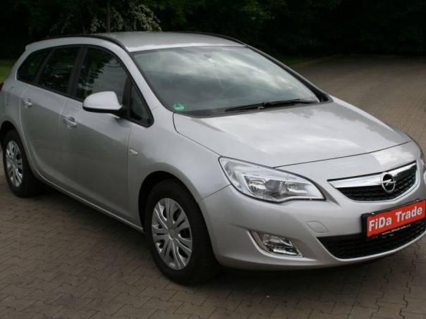 Opel Astra 1.7CDTi 92Kw, Sports Tourer, foto 1 Auto – moto , Automobily | spěcháto.cz - bazar, inzerce zdarma
