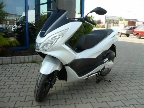 PCX 125  2014 SKLADEM, foto 1 Auto – moto , Motocykly a čtyřkolky | spěcháto.cz - bazar, inzerce zdarma