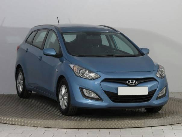 Hyundai i30 1.6 MPI, foto 1 Auto – moto , Automobily | spěcháto.cz - bazar, inzerce zdarma