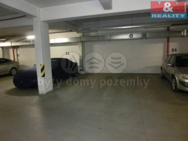 Pronájem garáže, Beroun, foto 1 Reality, Parkování, garáže | spěcháto.cz - bazar, inzerce