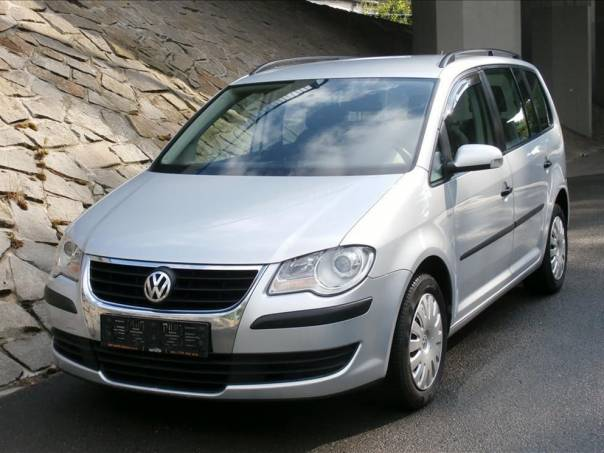 Volkswagen Touran 1,9TDi DSG GARANCE KM, foto 1 Auto – moto , Automobily | spěcháto.cz - bazar, inzerce zdarma