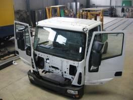 Iveco  Eurocargo kabina skelet , Náhradní díly a příslušenství, Užitkové a nákladní vozy  | spěcháto.cz - bazar, inzerce zdarma