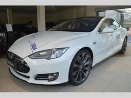 Tesla Model S . 85P+