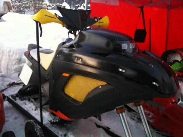 Bombardier  Sněžný skůtr Snow Hawk, foto 1 Auto – moto , Motocykly a čtyřkolky | spěcháto.cz - bazar, inzerce zdarma