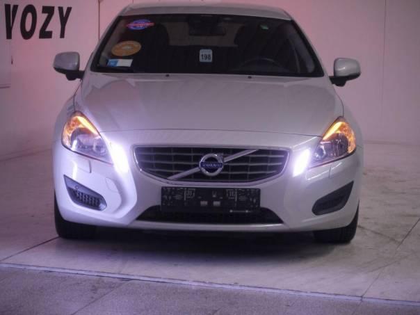 Volvo V60 D4 kombi/záruka, foto 1 Auto – moto , Automobily | spěcháto.cz - bazar, inzerce zdarma
