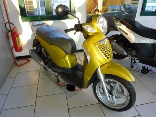 Aprilia Scarabeo Scarabeo 125-DPH-NOVÉ, foto 1 Auto – moto , Motocykly a čtyřkolky | spěcháto.cz - bazar, inzerce zdarma