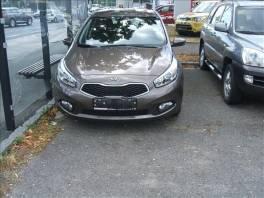 Kia Cee'd 5HB JD 1,4 CVVT COMFORT , Auto – moto , Automobily  | spěcháto.cz - bazar, inzerce zdarma