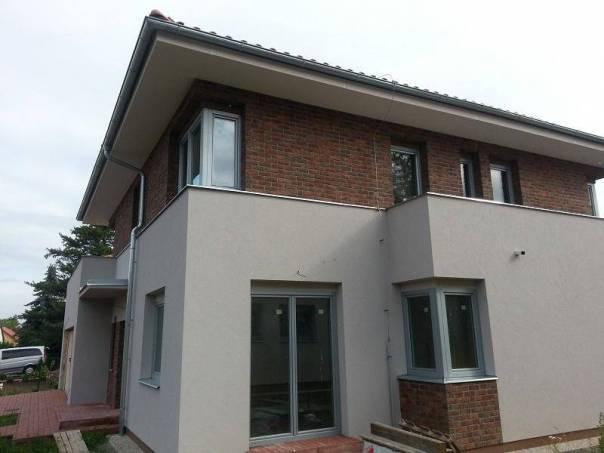 Prodej domu 6+1, Čestlice, foto 1 Reality, Domy na prodej | spěcháto.cz - bazar, inzerce