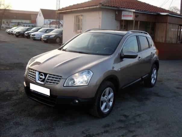 Nissan Qashqai 2,0 DCI 4WD AT, xenon, panorama, na, foto 1 Auto – moto , Automobily | spěcháto.cz - bazar, inzerce zdarma