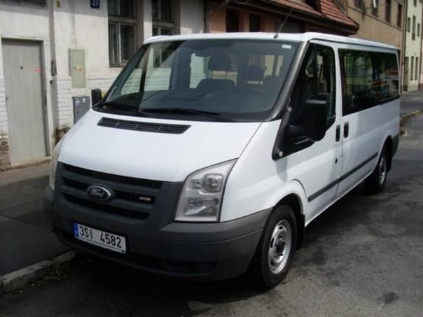 Ford Transit 2.2tdci L2H1BUS, foto 1 Užitkové a nákladní vozy, Autobusy | spěcháto.cz - bazar, inzerce zdarma