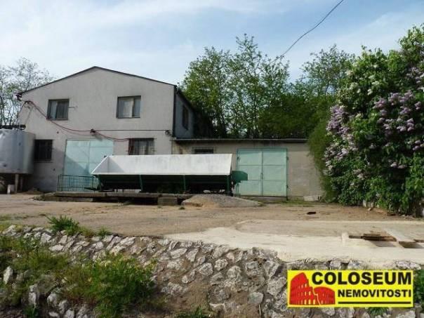 Prodej garáže, Strachotín, foto 1 Reality, Parkování, garáže | spěcháto.cz - bazar, inzerce