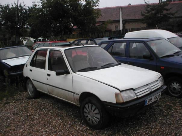Peugeot 205 1,2, foto 1 Auto – moto , Automobily | spěcháto.cz - bazar, inzerce zdarma