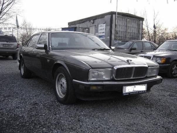 Jaguar XJ6 3.6 SERVISKA,KLIMA,AUTOMAT, foto 1 Auto – moto , Automobily | spěcháto.cz - bazar, inzerce zdarma