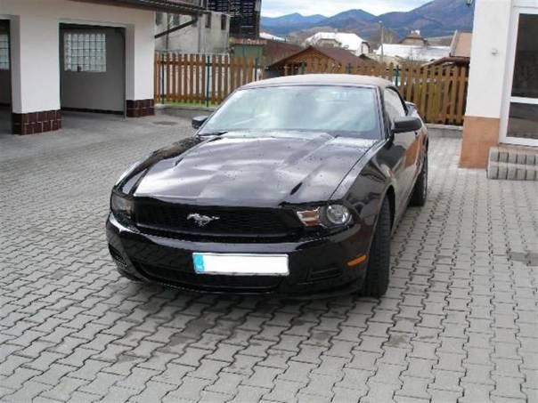 Ford Mustang 4,0 V6 Premium, foto 1 Auto – moto , Automobily | spěcháto.cz - bazar, inzerce zdarma