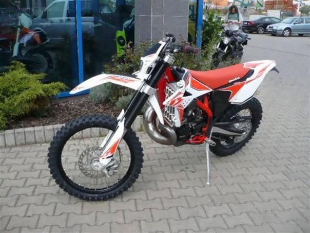 RR 300 2T 2013/ SKLADEM, foto 1 Auto – moto , Motocykly a čtyřkolky | spěcháto.cz - bazar, inzerce zdarma
