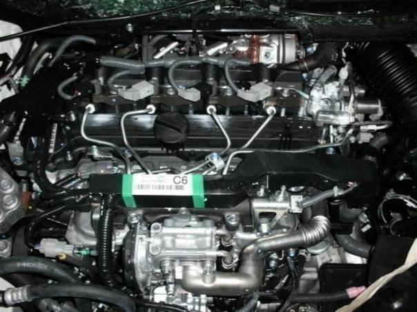 Toyota Avensis 2,0, foto 1 Náhradní díly a příslušenství, Ostatní | spěcháto.cz - bazar, inzerce zdarma