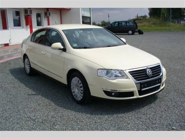 Volkswagen Passat 2.0 TDI,serviska,kůže,Aut.klima,PO ROZVODECH, foto 1 Auto – moto , Automobily | spěcháto.cz - bazar, inzerce zdarma