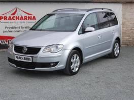 Volkswagen Touran 1.9TDi 7 Míst Webasto , Auto – moto , Automobily  | spěcháto.cz - bazar, inzerce zdarma
