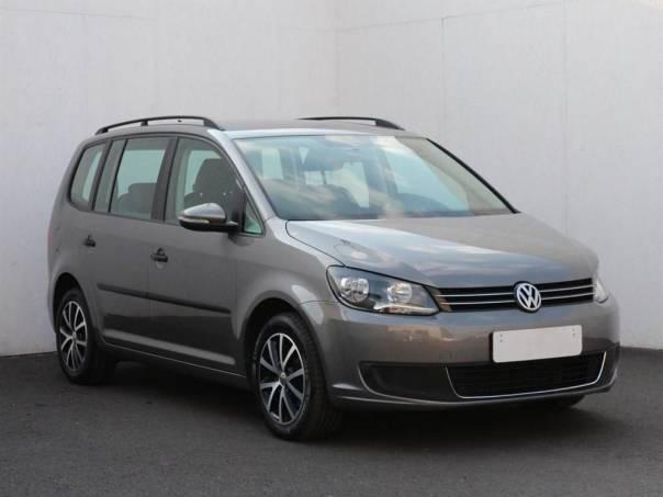 Volkswagen Touran  1.6 TDI, Serv.kniha, navi, foto 1 Auto – moto , Automobily | spěcháto.cz - bazar, inzerce zdarma