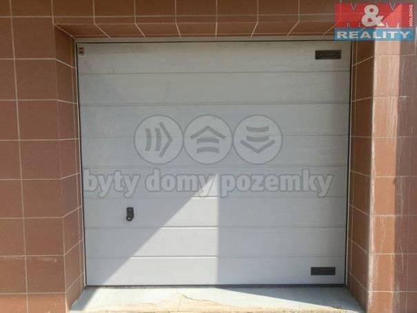 Prodej garáže, Zlín, foto 1 Reality, Parkování, garáže | spěcháto.cz - bazar, inzerce